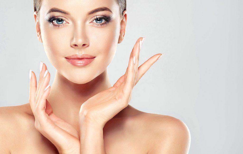 woman cosmetic botox